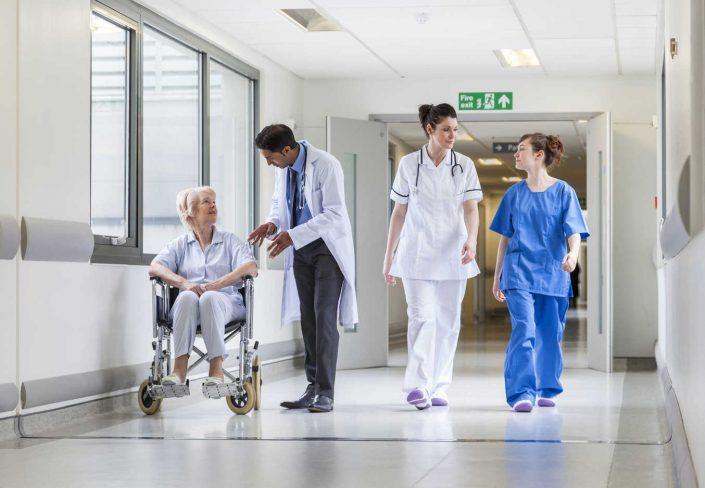 T - U Hospitales, Clinicas y Centros - Población